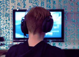 Carsten Jensen afsløret som skydegal computerspiller