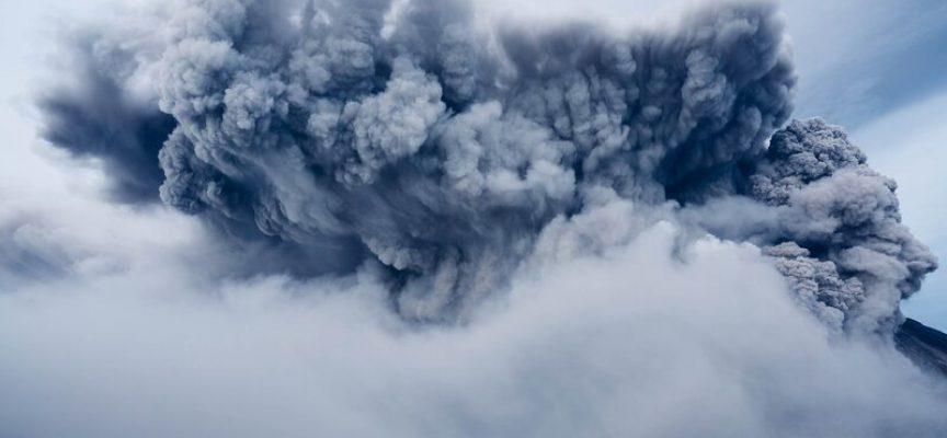 """Eksplosiv vulkan taler ud: """"Jeg er vred på Obama"""""""