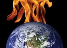 """Jorden afsløret som liderlig buk: """"Jeg opvarmer mig selv, så folk tager tøjet af!"""""""