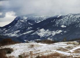 Fra arkivet: Folkevandrere krydser Alperne i søgen efter dårligt klima