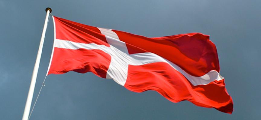 Danskhed stjæles med tryllepinde og fremmed tekstil