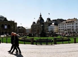 Dansker ansat i butik i København