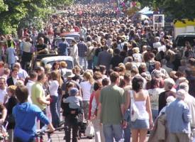 Regeringen klar med tiltag mod stigmatiserende massebetegnelser