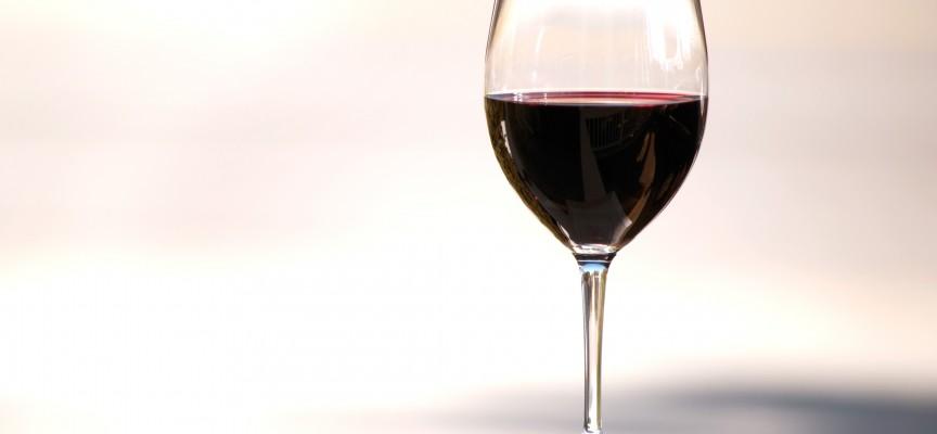 Vinekspert fastslår: Meget dyr vin forhindrer alkoholskader