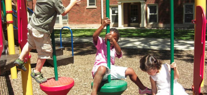 Jobkonsulent uforstående over for introvert og stressramt klients negative reaktion på opfordring til at søge job i en børnehave