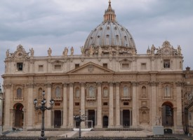 Rokoko Classic: Katolske kardinaler: Vigtigt med troende pave