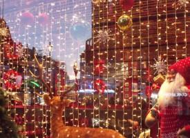 Kunder raser: Vent med julepynten til efter påske! (fra fremtidsarkivet, 2064)