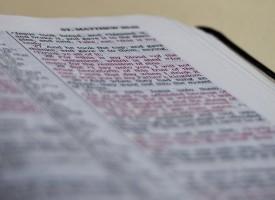 Rettroende kristne vil lære danskerne korrekt bibelforståelse
