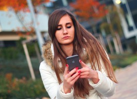 21-årig kvinde på Tinder træt af seriøse tilbud