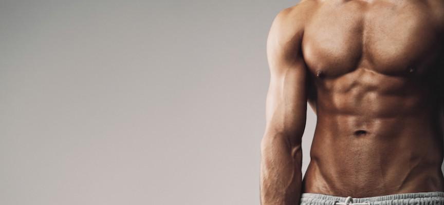Benhård styrketræning spildt på mand med virkelig grimt ansigt