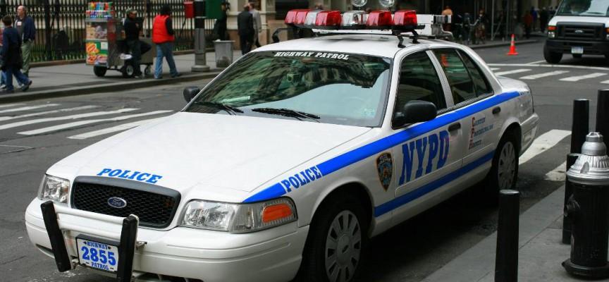 Amerikansk politi skyder sort mand i koma