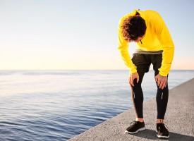 Mand gennemfører 1000-delsmaraton