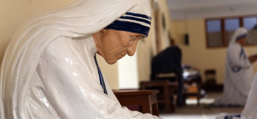 Marie Krarup om Moder Teresa: Selvfed promovering af næstekærlighed