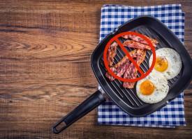 Forsker: Så farlig er passiv baconspisning