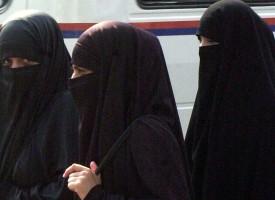 Saudi Arabien til Köln-kvinder: Sådan undgår I sexchikane