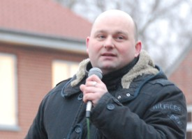 Politiske kommentatorer truer med mistillidsvotum mod Søren Pape Poulsen