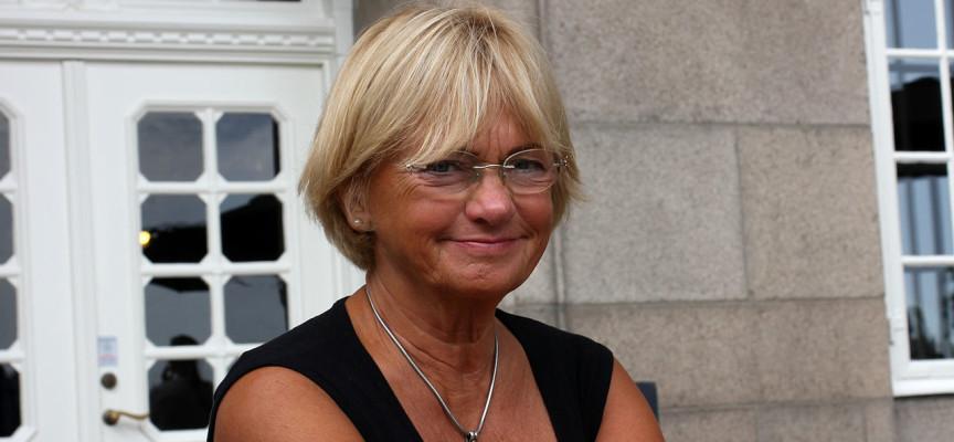 Pia Kjærsgaard bliver satireredaktør på Politiken