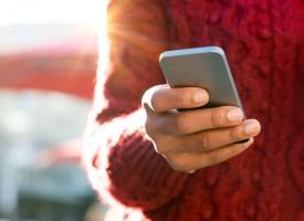 Smartphonebruger ville se, hvad klokken var: Så, hvad klokken var