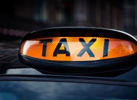 Kystbanesocialister hylder Uber: Endelig er det blevet solidarisk at tage en taxa