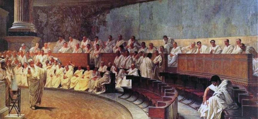 Demokratikritiker: Tåbeligt at basere samfundet på en mere end 2000 år gammel idé