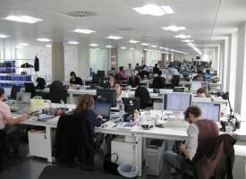 Teenagere jubler over norsk serie om voksne, der arbejder på kontor