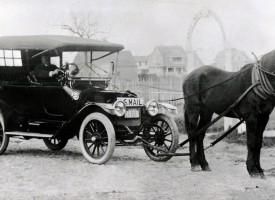 Nu bliver automobiler tilladt, hvis man spænder en hest foran (fra arkivet, 1904)