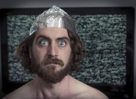 Gør-det-selv-magasin sporløst forsvundet efter artikel om sølvpapirshatte