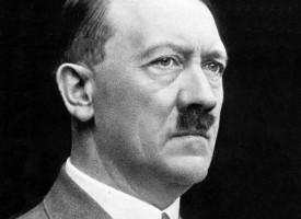 Hitler udpeges til leder af tysk disruption-råd (fra arkivet, 1933)