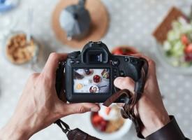 Filosoffer i vildrede: Hvis man spiser et måltid uden at fotografere det, findes det så?