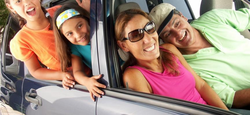 Forældrepar vinder pris for at lade som om, at ferie med børn er idyllisk