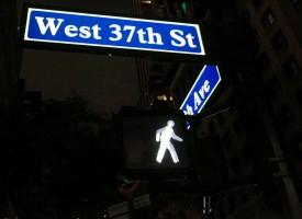 New York udskifter hvide mænd på trafiklys