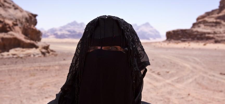 Trettendebølgefeminister: Burkaen er anti-sexistisk frigørelsesprojekt