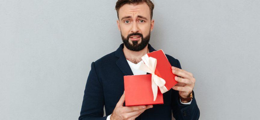 Mand fortryder allerede, at han ønskede sig bæredygtige, antikapitalistiske julegaver