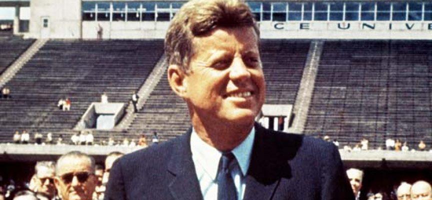 Jens Christian Grøndahl: Kennedy var en præsident, der søgte faren
