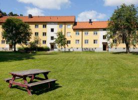 Almindeligt byggeri til gennemsnitlige mennesker rejser sig på Aarhus Ø