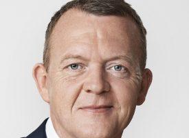 Statsminister-Lars tager afstand fra Privat-Lars: Den mand er bindegal