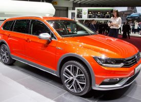 Volkswagen i ligestillingsrevolution: Kvinder får rat i deres side af bilen