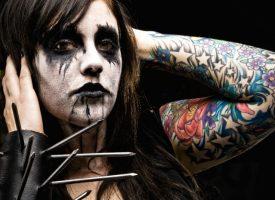 Norske black metal-fans hjælper Folkekirken af med personfølsomme oplysninger på kirkegårde