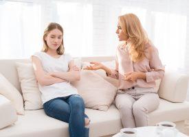 Mor til tre holder sine meninger om børn og graviditet for sig selv