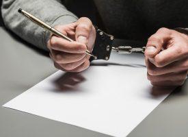 Efter udvisning af bandeleder: Klassekammerater laver underskriftsindsamling