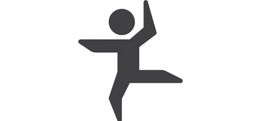 Efter Morten Østergaards svømmetur: Politiker danser med piktogrammer i protest mod symbolpolitik