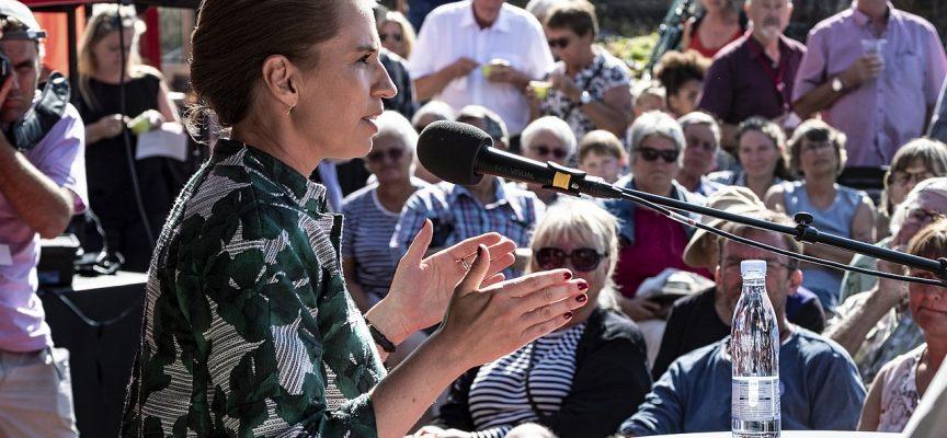 Mette Frederiksen giver DF og LA undskyldning for valgtæsk