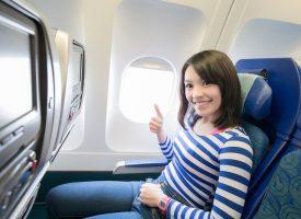 Kvinde i fly lykkes med at lade som om, turbulens ikke giver hende akut dødsangst