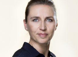 Mette Frederiksen fortsætter undtagelsestilstanden (fra fremtidsarkivet, 2021)