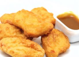 Fødevareminister i forsvar for Joy Mogensen: Min livret er kyllingenuggets fra Lidl