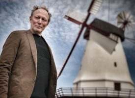 Undersøgelse: 73 procent af alle DR-medarbejdere er Lars Mikkelsen