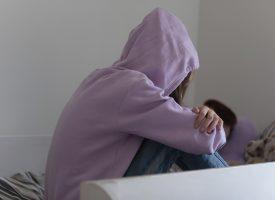 Introverte kræver ny corona-nedlukning