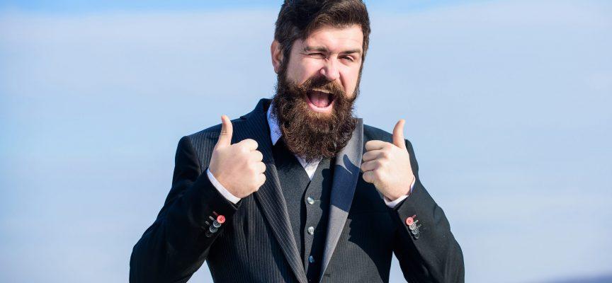 Irriterende optimist sad kun i kø i tolv minutter for at få feriepenge udbetalt