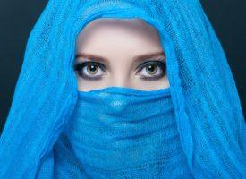 Mette Frederiksen til danske muslimer: Gør burkaen jødisk, hvis I vil have den tilbage