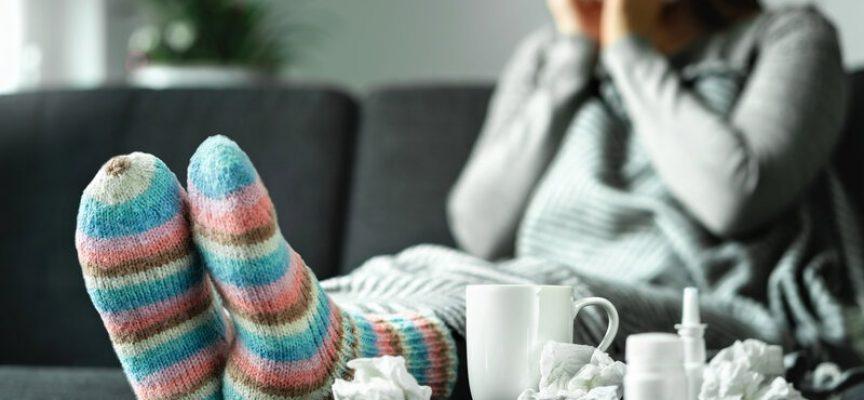 Simpel forkølelse lægger landet ned